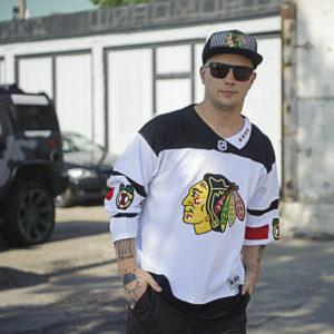 Купить хоккейный свитер Chicago Blackhawks белый