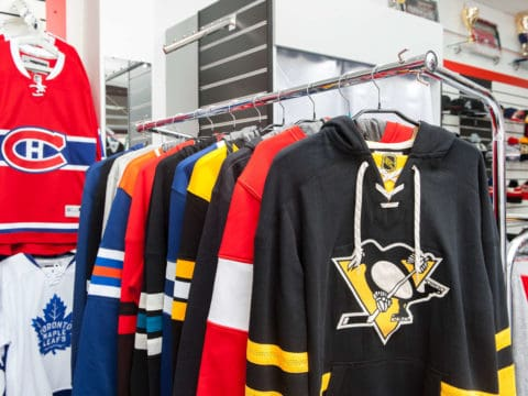 Купить толстовку команд НХЛ
